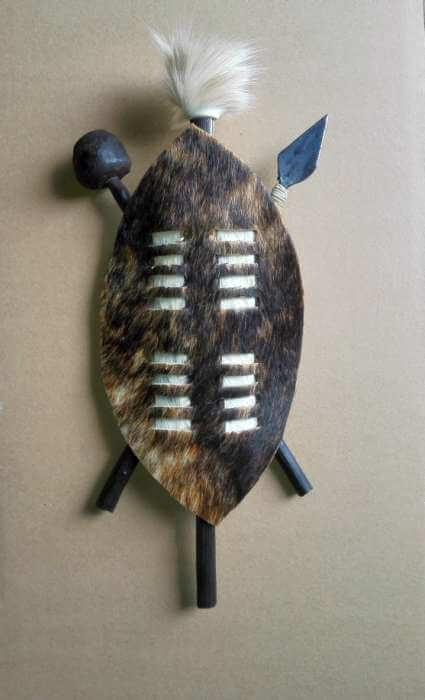 70f3c3424 African 25 cm Zulu warrior shield